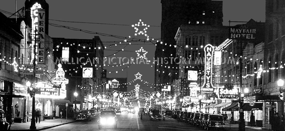 Christmas in 1940 at North Tryon Street, Charlotte, North Carolina